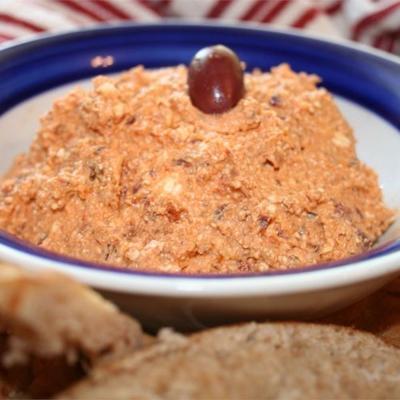 griechischer Feta- und Olivenaufstrich