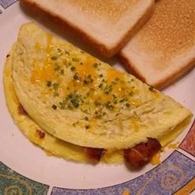 Knuspriges Omelett mit Speck und süßen Zwiebeln