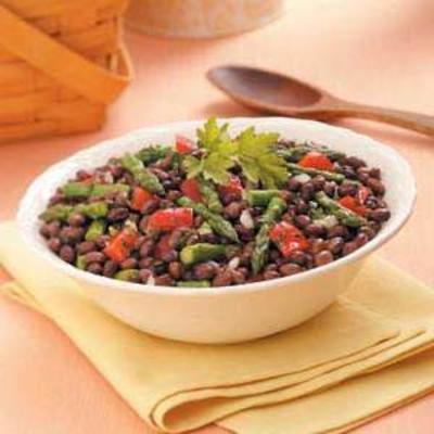 Spargel und Bohnensalat