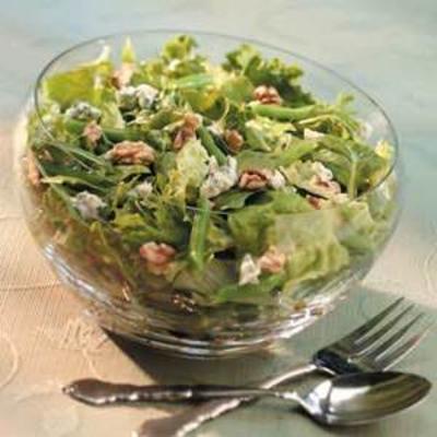 Walnuss- und Bohnensalat