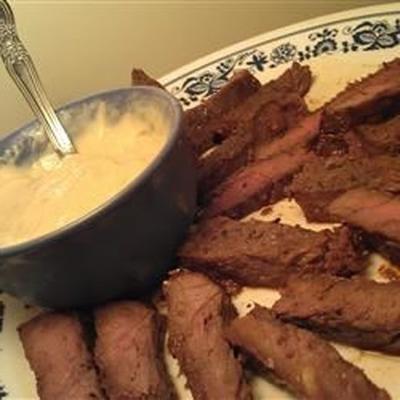 Honig Rock Steak Vorspeise mit Pferdesauce