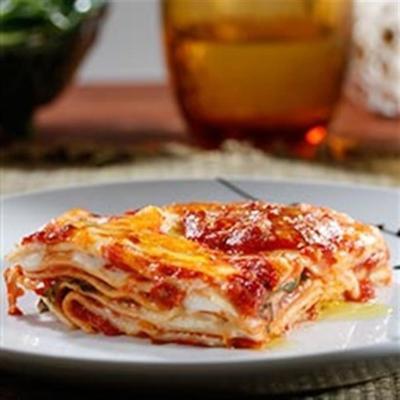 ofenfertige Lasagne mit Fleischsoße und Bechamel