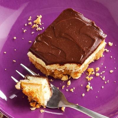 Schokoladen-Erdnuss-Käsekuchen-Riegel