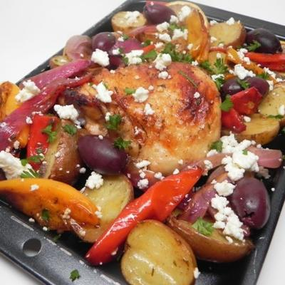 mediterrane Hühnerblech Pfanne Abendessen