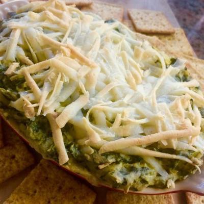 Veganer Spinat-Dip mit Artischocken
