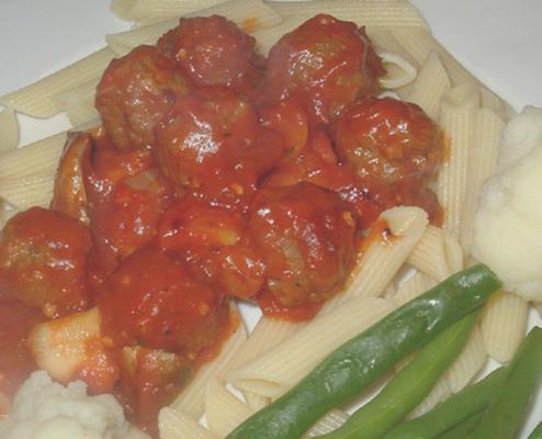 italienische Fleischbällchen in Tomatensauce