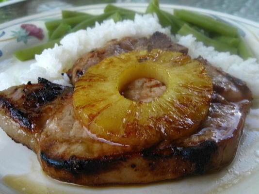 gegrillte Ananas-Schweinekoteletts