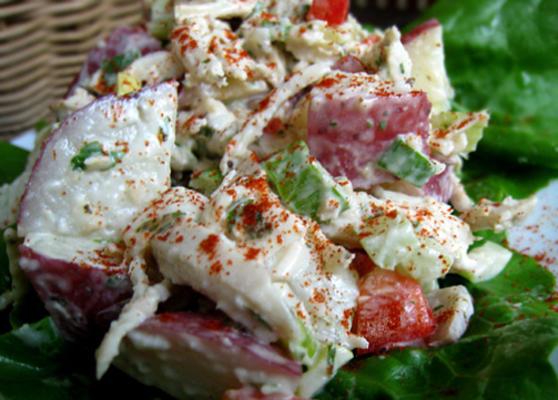 Kartoffel-Hähnchen-Salat mit Basilikum-Petersilien-Mayonnaise