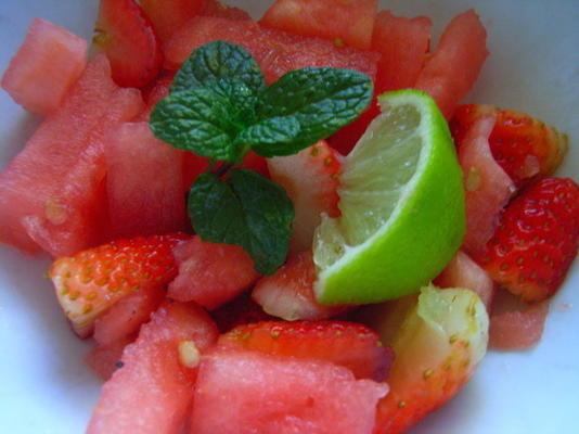 Wassermelonensalat mit Limetten-Dressing