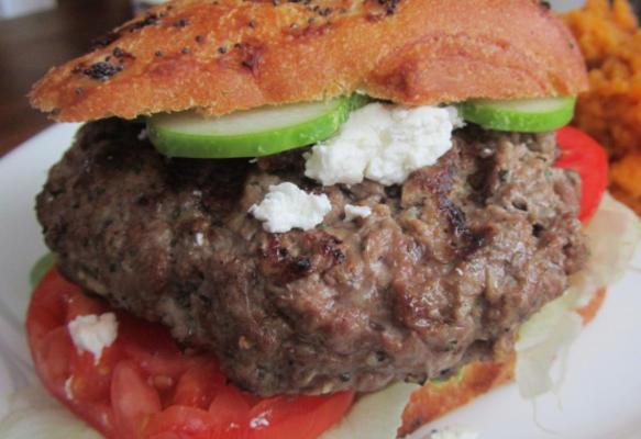 Lamm- und Minzpasteten / Burger