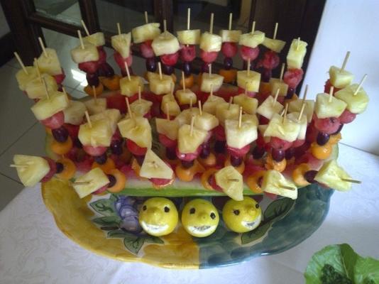 tropische Frucht-Party-Spieße