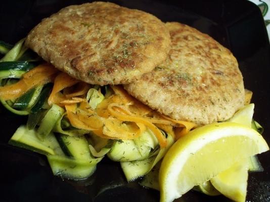 Wisconsin-Thunfisch-Torte mit Zitronendill-Sauce