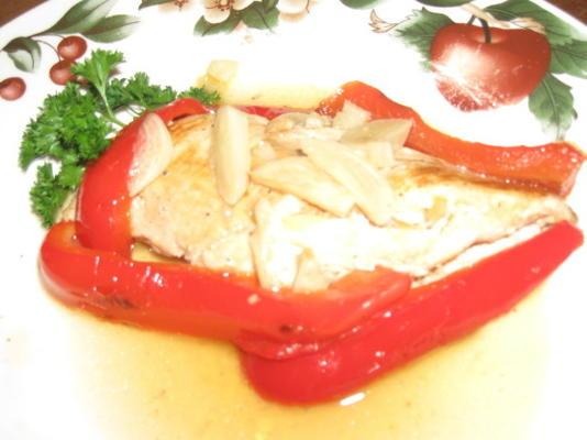 Hähnchen und Paprika in Knoblauchsauce