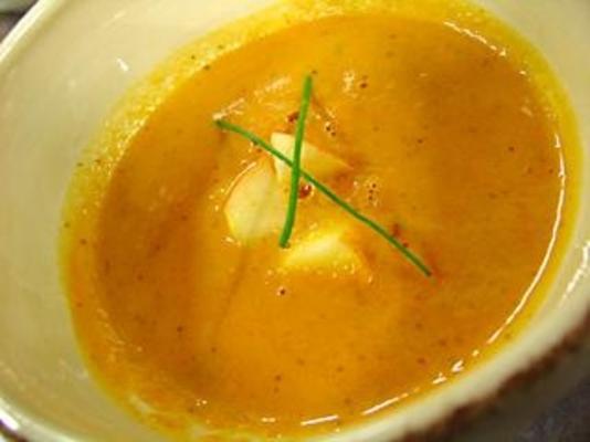 Curry-Butternuss-Apfelsuppe