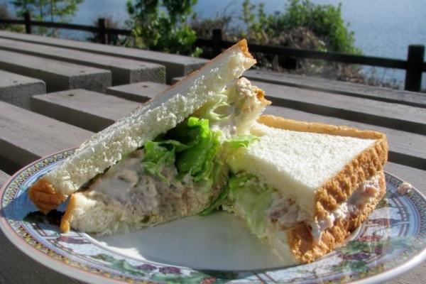Thunfisch-Sandwich: einfach und lecker