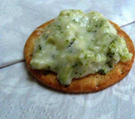 festliches heißes Brokkoli-Dip