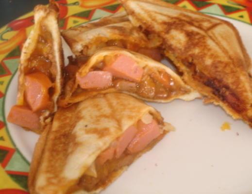 lina's chili dogs - sandwich maker