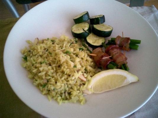 Curry und Zitronenpilaf
