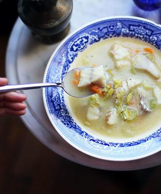 cremiges, milchfreies Fischsuppe