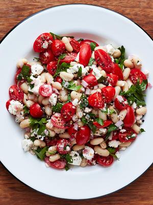 Tomaten-Feta-Bohnensalat